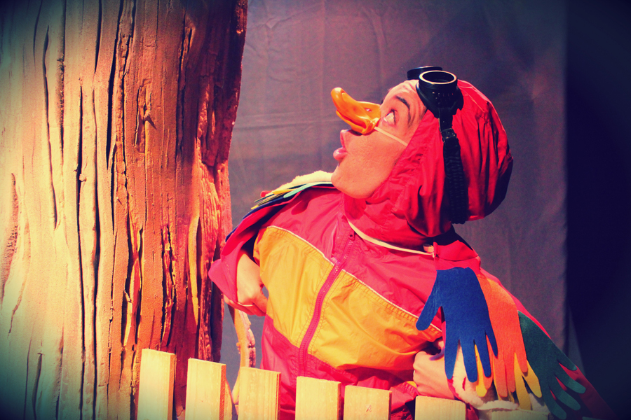 TEATRO – HA PASADO UN AÑO Sesión de fotos de la obra de Teatro HA PASADO UN AÑO de bricAbrac Teatro. Sevilla (España). 2010 #Teatro / #bricAbracTeatro / #berth99 / #hapasadounaño