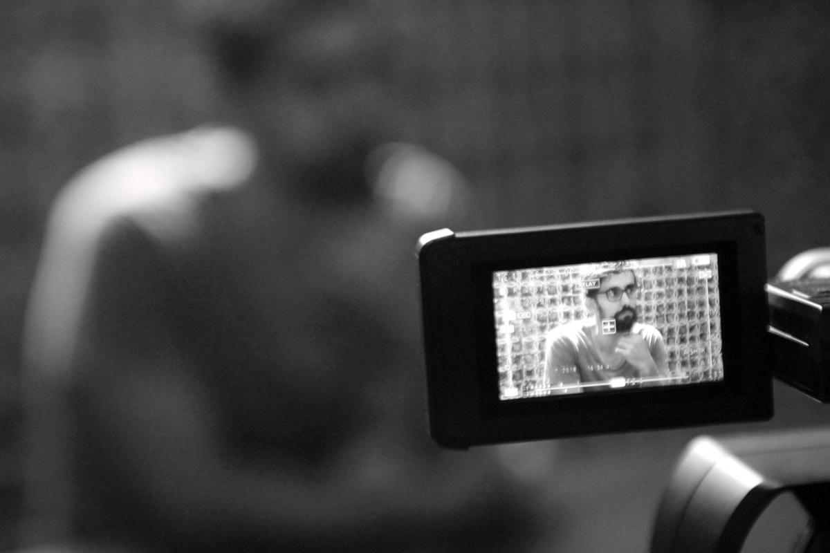 """ENTREVISTAS – QUIMERA, BUSCANDO ENTRE LAS ARISTAS Entrevistas de Arturo Parrilla y de Elena Bolaños sobre la creación en residencia artística de """"QUIMERA, buscando entre las aristas"""" de Apasionaria en el Espacio Santa Clara de Sevilla, el 31 de Agosto de 2018, en el banco de proyectos del Instituto de la Cultura y las Artes de Sevilla ICAS. #icas #bancodeproyectos #quimerabuscandoentrelasaristas #residenciaartistica #perfomance #Apasionaria"""