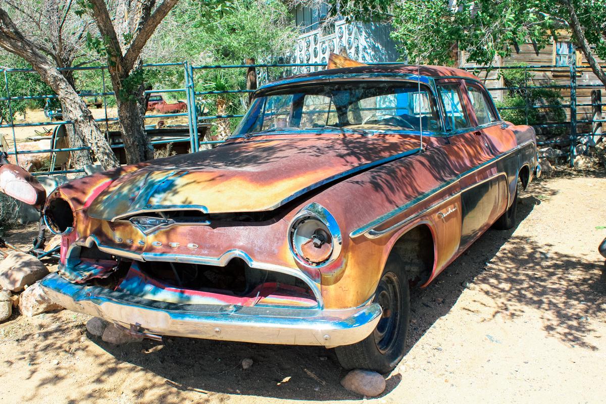 ROAD TRIP USA 2019 #3 / DE KINGMAN A HACKBERRY / TRAVEL VLOG Kingman es una ciudad ubicada en el condado de Mohave en el estado estadounidense de Arizona. Entre la locomotora a vapor Santa Fe y una típica cafetería de los años 50, Mr. D'z Route 66 Diner. Visitamos después la antigua gasolinera de Hackberry, conocida como Hackberry General Store. #Kingman #hackberry #Arizona #Mohave #HackberryGeneralStore #desierto #Route66 #usa #eeuu #roadtrip #traveltrip #travel #voyage #viaje #roadtrippers #beautifuldestinations #landscape #mytraveldiary #ontheroad